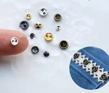 6 knöpfe - Silberfarbe  5 mm