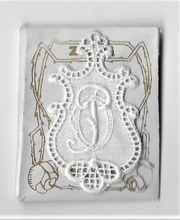 6 Monogrammen O.P.  4,5 x 2,5 cm