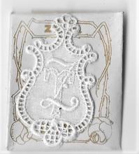 6 Monogrammen T.Z.  4,5 x 2,5 cm
