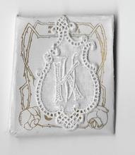6 Monogrammen K.V.  4,5 x 2,5 cm