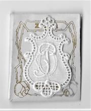 6 Monogrammen O.M.  4,5 x 2,5 cm
