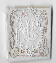 6 Monogrammen B.U.  4,5 x 2,5 cm