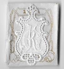 6 Monogrammen - G.K.  4,5 x 2,5 cm