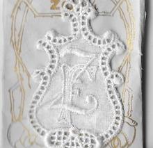 6 Monogrammen F.Z.  4,5 x 2,5 cm