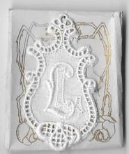 6 Monogrammen L.L.  4,5 x 2,5 cm