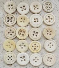 20 Knopen - Been  16,6 - 17 mm
