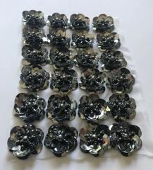 4 paillet roosjes  zilverkleur  20 mm