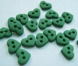 6 minihartjes  - groen  6  x 7 mm