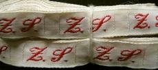 1 Initiaal - Lint Z.S.  Lint 1 cm breed