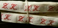 1 Initiaal - Lint Z.K.  Lint 1 cm breed