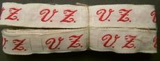 1 initiaal - Lint V.Z.  Lint 1 cm breed