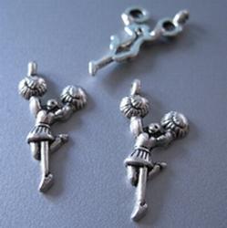 1 Tibetan Silver Dansen  23 x 19 mm