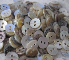 Button - Mother Of Pearl  7,8 mm