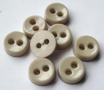 Poppenknoop - beige/grijs  6,5 mm