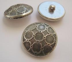 Zilverkleur-Knoop  18 mm