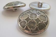 Zilverkleur-Knoop  21 mm