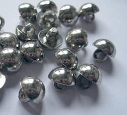 Zilverkleur-Knoop  10 mm