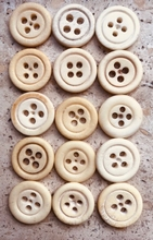 3 Buttons - Bone 19 mm