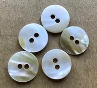 Perlmuttknopf 15 mm