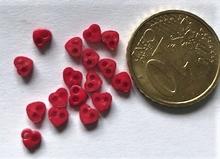 6 micro minihartjes - rood 4 mm
