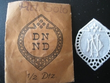 6 Monogrammen - N.T.- T.N. 29 x 24 mm