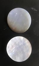 2 Parelmoerknop3f - naturel 37 mm
