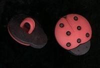 Lieveheerbeestje - rood 15 x 13 mm