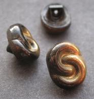 Button - black - brown 11x14 mm