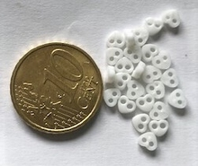 6 Microheart - White 4 mm